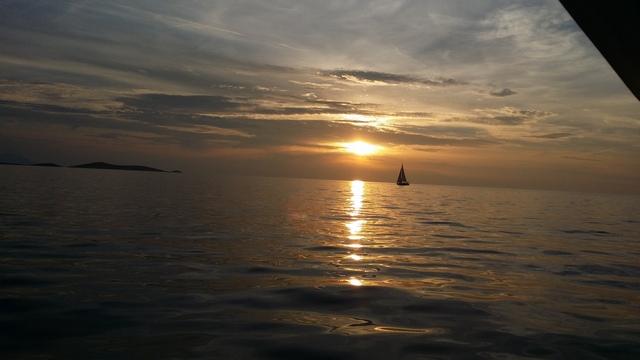 SPLIT-CROATIA-SAILING SUNSET MOMENTS